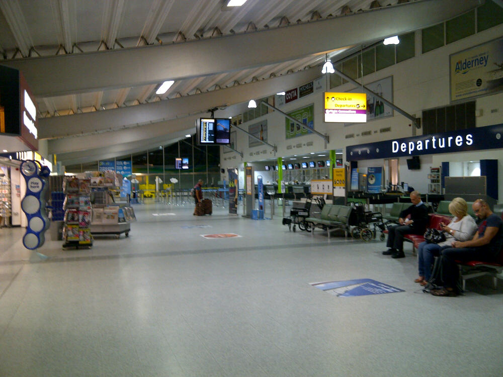 Flybe Check In At Southampton Airport
