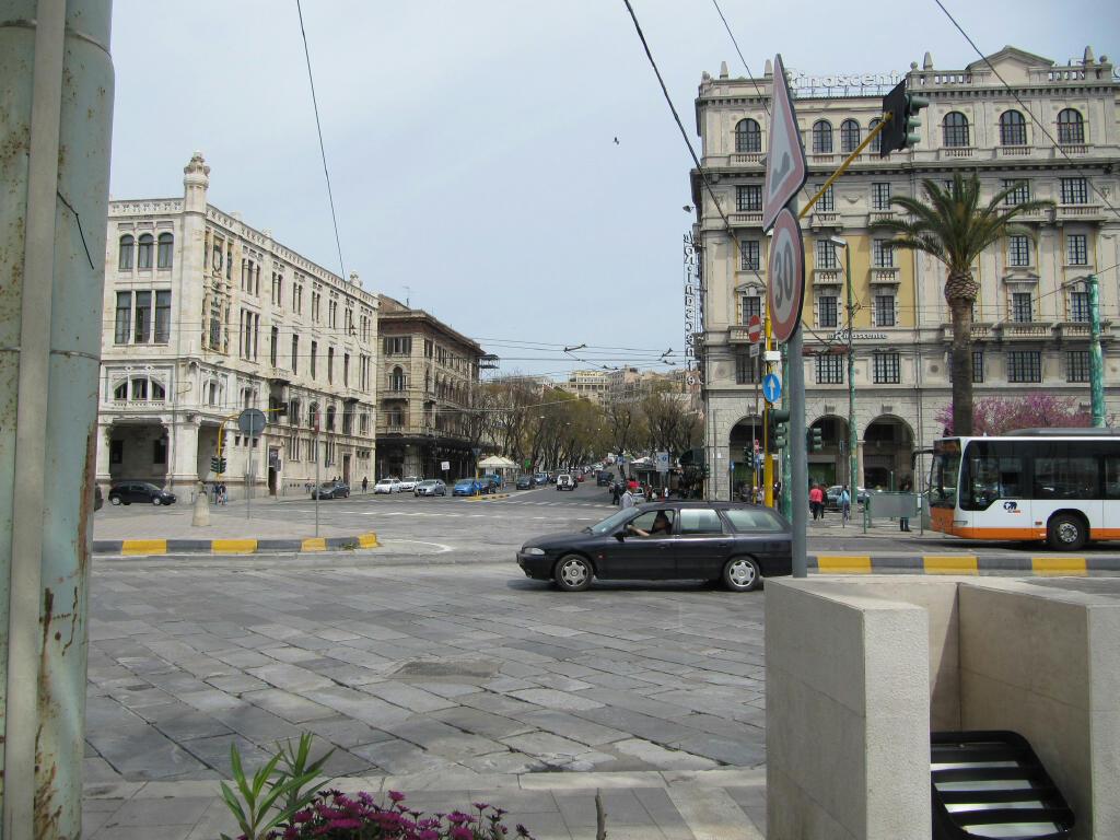Largo Carlo Felice