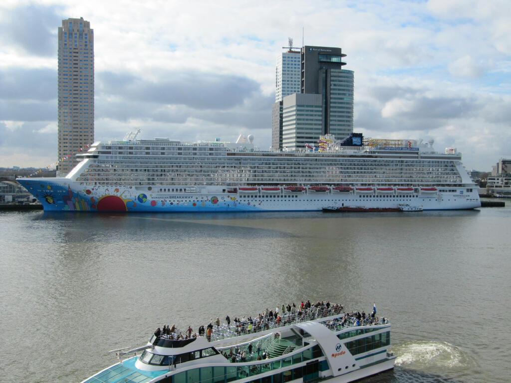 Norwegian Breakaway in Rotterdam